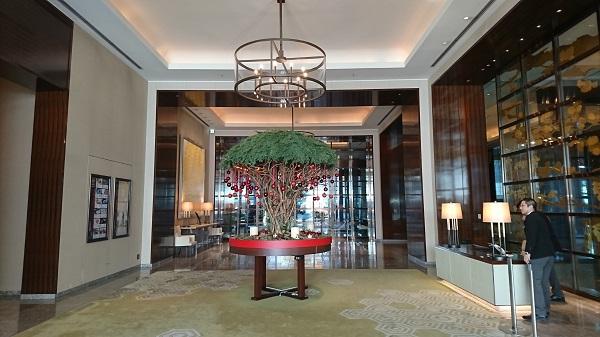 palacehoteltokyo lobby1.JPG